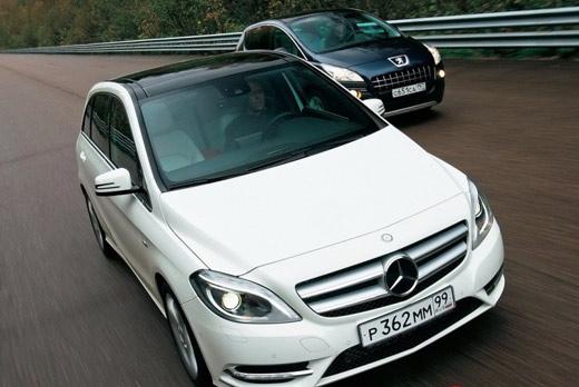 Peugeot 3008 против Mercedes-Benz B 200
