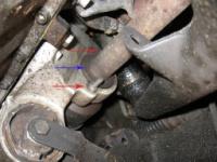 Замена нижней подушки двигателя Пежо 406