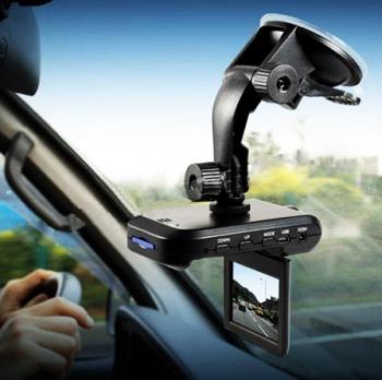 Автомобильный видео регистратор