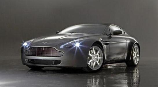 Aston Martin V8 Vantage на www.psa-perm.ru