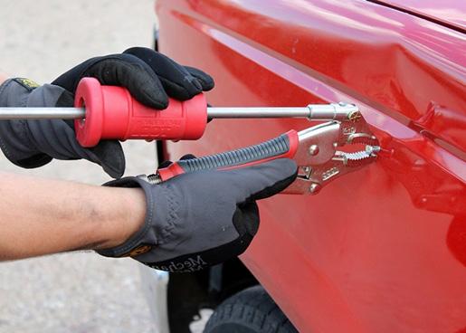 Как убрать вмятину на машине