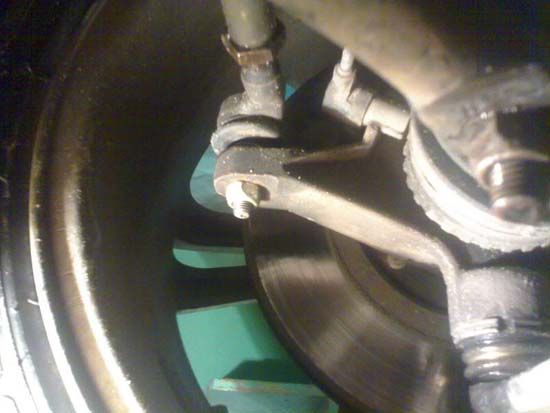 Замена сальника рулевой рейки Пежо 406